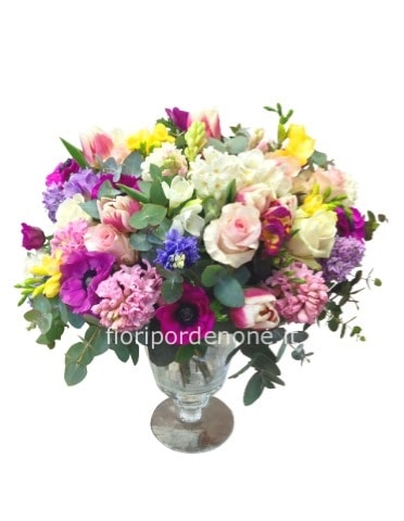 Bouquet  con fiori assortiti