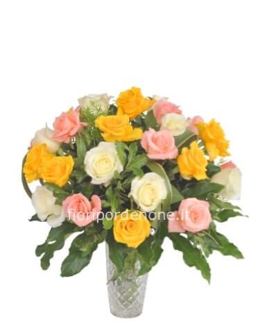 2483a8925499 Bouquet di rose » Acquista online fiori a Pordenone